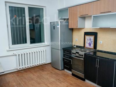 2-комнатная квартира, 60.2 м², 9/9 эт., Сембинова за 16 млн ₸ в Нур-Султане (Астана), р-н Байконур