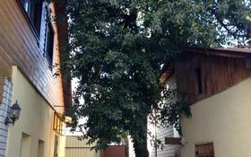 5-комнатный дом, 180 м², 6 сот., Пер. Шкловский 1 за 48 млн 〒
