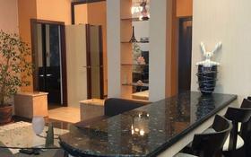 2-комнатная квартира, 80 м², 5/8 эт. посуточно, Кунаева — Мангилик Ел за 12 000 ₸ в Астане, Есильский р-н