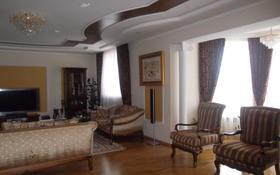 8-комнатный дом посуточно, 390 м², 7 сот., мкр Центральный, Р-он офиса ЭмбаМунайГаз — Темирханова - Мамекулы за 75 000 ₸ в Атырау, мкр Центральный