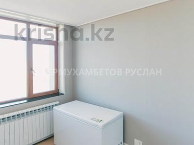 3-комнатная квартира, 73 м², 24/28 этаж, Нажимеденова за 43 млн 〒 в Нур-Султане (Астана), Алматы р-н — фото 12