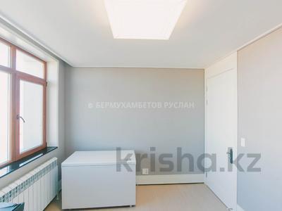 3-комнатная квартира, 73 м², 24/28 этаж, Нажимеденова за 43 млн 〒 в Нур-Султане (Астана), Алматы р-н — фото 13