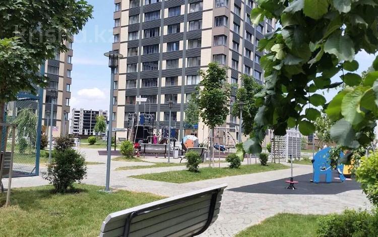 3-комнатная квартира, 135 м², 13/21 эт. посуточно, Альфараби 21 — Мира за 40 000 ₸ в Алматы