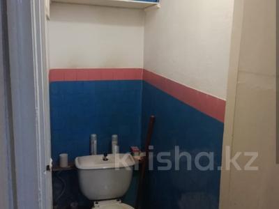 4-комнатная квартира, 62 м², 4/5 эт., Крылова 26 за 11.4 млн ₸ в Караганде, Казыбек би р-н — фото 2
