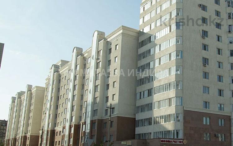 3-комнатная квартира, 94 м², 12/12 этаж, Акмешит 11 за 25.5 млн 〒 в Нур-Султане (Астана), Есиль р-н
