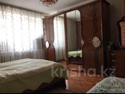 5-комнатная квартира, 115 м², 4/10 эт., Бухар-жырау 76 — Ермекова за 28 млн ₸ в Караганде, Казыбек би р-н — фото 4