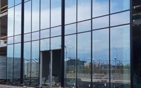 Здание площадью 850 м², проспект Мангилик Ел 63 за 404 млн ₸ в Нур-Султане (Астана), Есильский р-н