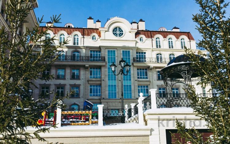 7-комнатная квартира, 280 м², 6/6 этаж, Шарля де Голля 5 за 282 млн 〒 в Нур-Султане (Астана), Алматы р-н