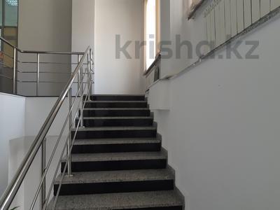 Помещение площадью 600 м², Иманова за 273.6 млн 〒 в Нур-Султане (Астана), р-н Байконур