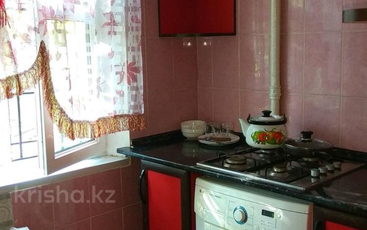 2-комнатная квартира, 47 м², 1/5 эт. посуточно, Айбергенова 5 б — Жангельдина за 7 000 ₸ в Шымкенте, Аль-Фарабийский р-н