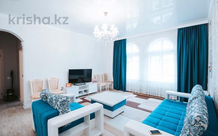 2-комнатная квартира, 72 м², 7/8 этаж, А34 21 за 37.5 млн 〒 в Нур-Султане (Астана), Алматы р-н