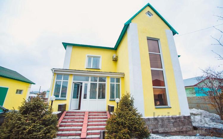 5-комнатный дом, 256 м², 10 сот., Жанарыс 19 за 125 млн ₸ в Нур-Султане (Астана), Алматинский р-н