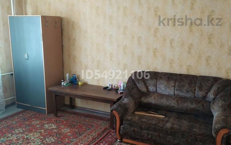 1-комнатная квартира, 34 м², 2/9 этаж, Степной-4 — Муканова за 9.7 млн 〒 в Караганде, Казыбек би р-н