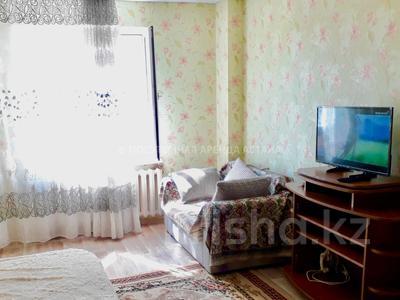 1-комнатная квартира, 45 м², 2/12 эт. посуточно, Кабанбай Батыра 40 за 6 000 ₸ в Нур-Султане (Астана), Есильский р-н