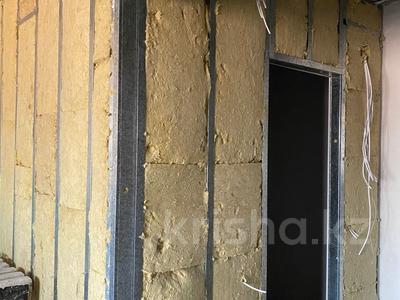 1-комнатная квартира, 50 м², мкр Думан-2 за 14 млн 〒 в Алматы, Медеуский р-н — фото 3