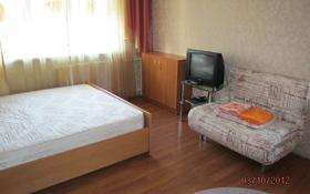 1-комнатная квартира, 34 м², 3/4 этаж помесячно, Бухар жырау 74 за 85 000 〒 в Караганде