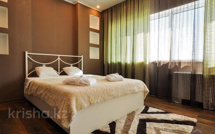 1-комнатная квартира, 50 м², 35/36 эт. посуточно, Достык 5 — Сауран за 10 000 ₸ в Нур-Султане (Астана), Есильский р-н