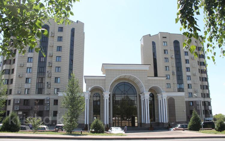 4-комнатная квартира, 140 м², 9/9 этаж, Аскарова 21/20 за 49 млн 〒 в Алматы, Бостандыкский р-н