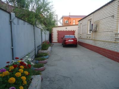 5-комнатный дом, 140 м², 7.2 сот., Проезд Грибоедова 2А — Ш.Еркинова за 26 млн 〒 в Атырау — фото 2