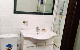 4-комнатная квартира, 91 м², 4/5 этаж помесячно, 14-й мкр 28 за 150 000 〒 в Актау, 14-й мкр
