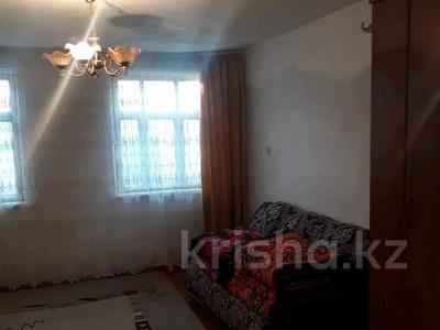 4-комнатный дом, 100 м², 8 сот., 4 мкр за 5.5 млн 〒 в Ленгере — фото 4