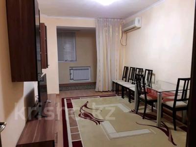 3-комнатная квартира, 75 м², 1/5 этаж помесячно, 13-й мкр 38 за 170 000 〒 в Актау, 13-й мкр