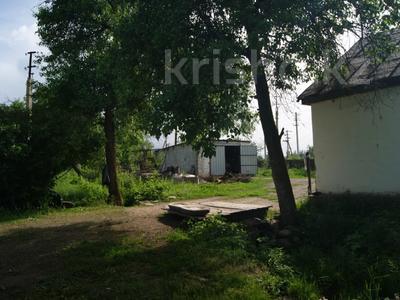 4-комнатный дом, 65 м², 35 сот., Дорстрой за 7.6 млн 〒 в Каракемере