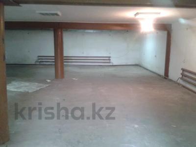 Здание, площадью 920 м², Касымканова 10 — Павлова за ~ 65.5 млн 〒 в Костанае — фото 4