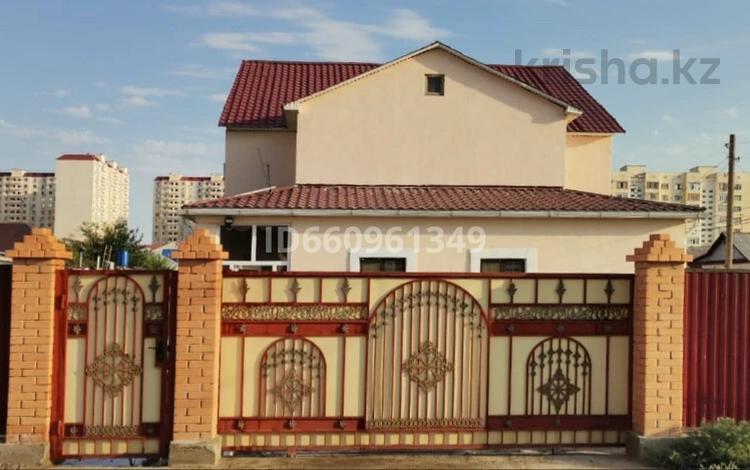 4-комнатный дом, 520 м², 6 сот., Куныскерей Батыра (А.Грибоедова) 53 за 35 млн 〒 в Атырау