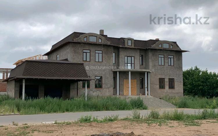 12-комнатный дом, 785 м², 15 сот., Панфилова за 185 млн 〒 в Нур-Султане (Астана), Алматы р-н