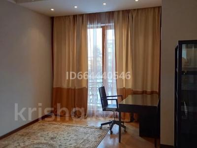 3-комнатная квартира, 145 м², 3/5 этаж помесячно, мкр Горный Гигант 301 за 550 000 〒 в Алматы, Медеуский р-н