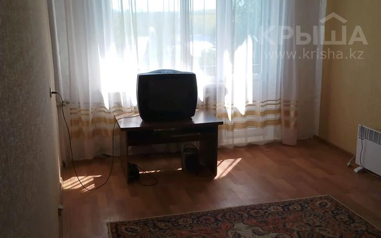 3-комнатная квартира, 67.2 м², 5/5 этаж, ул. Мира 22 за 3.3 млн 〒 в Алтайском