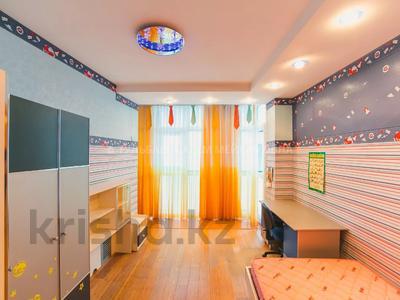 5-комнатная квартира, 200 м², 3/10 этаж, Кунаева 34 — Акмешит за 62 млн 〒 в Нур-Султане (Астана), Есиль р-н — фото 15