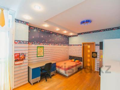 5-комнатная квартира, 200 м², 3/10 этаж, Кунаева 34 — Акмешит за 62 млн 〒 в Нур-Султане (Астана), Есиль р-н — фото 16