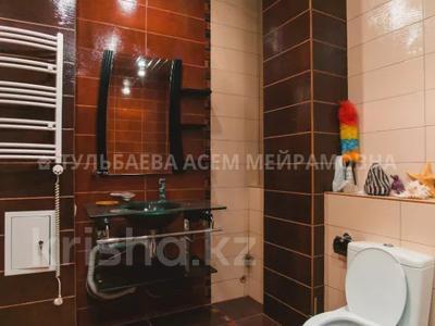 5-комнатная квартира, 200 м², 3/10 этаж, Кунаева 34 — Акмешит за 62 млн 〒 в Нур-Султане (Астана), Есиль р-н — фото 22