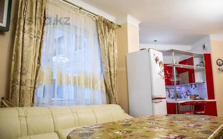 3-комнатная квартира, 105 м², 4/16 этаж, Кенесарыхана 65 за 30 млн 〒 в Нур-Султане (Астана), Алматы р-н