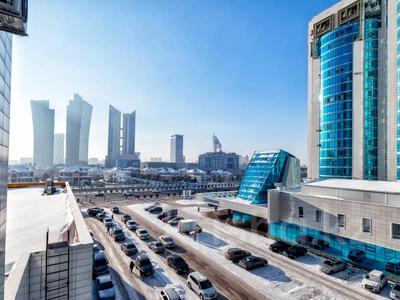 2-комнатная квартира, 55 м², 4/24 этаж посуточно, Сарайшык 7Б за 10 000 〒 в Нур-Султане (Астана) — фото 12