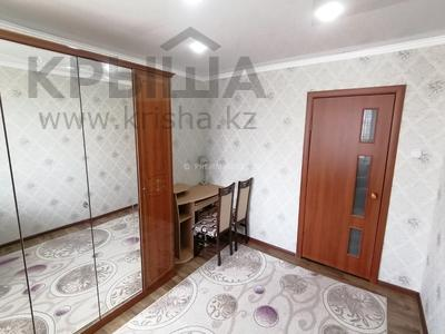 2-комнатная квартира, 54 м², 5/5 этаж, мкр Кунаева, Мкр Кунаева 9 за 12.5 млн 〒 в Уральске, мкр Кунаева — фото 8