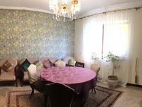 9-комнатный дом, 280 м², 8 сот.