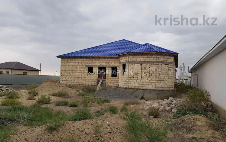 6-комнатный дом, 224 м², 10 сот., Махамбетский район за 8 млн 〒 в Алмалы