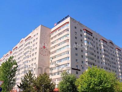 3-комнатная квартира, 91 м², 12/13 этаж, проспект Сарыарка 11 — Кенесары за 28.7 млн 〒 в Нур-Султане (Астана) — фото 26