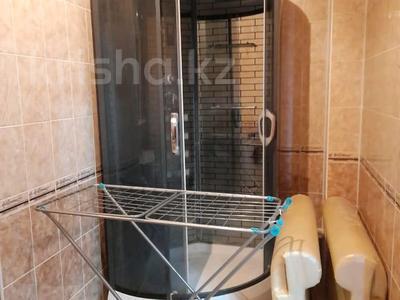 2-комнатная квартира, 72 м², 3/10 этаж помесячно, Байтурсынова — Мадели кожа за 160 000 〒 в Шымкенте, Аль-Фарабийский р-н — фото 12