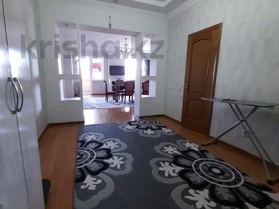 2-комнатная квартира, 72 м², 3/10 этаж помесячно, Байтурсынова — Мадели кожа за 160 000 〒 в Шымкенте, Аль-Фарабийский р-н — фото 5