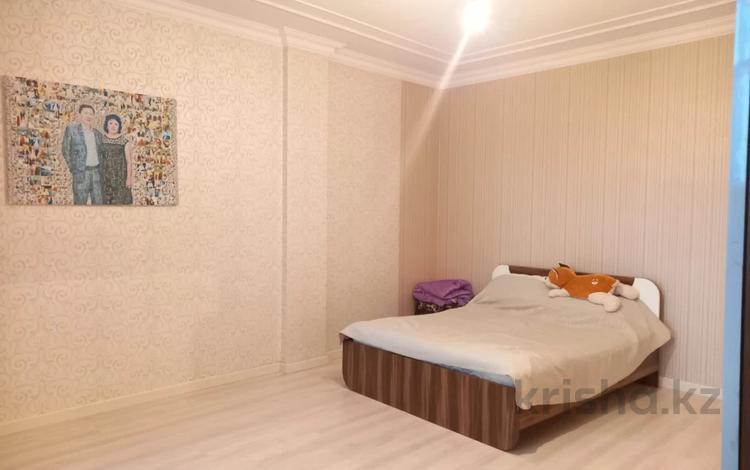 3-комнатная квартира, 169 м², 17/19 этаж, Кенесары 4 за 42.5 млн 〒 в Нур-Султане (Астана), Сарыарка р-н