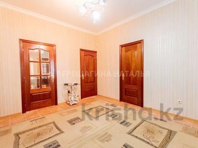 3-комнатная квартира, 132 м², 3/11 этаж, Кенесары 47 за 47 млн 〒 в Нур-Султане (Астана), р-н Байконур — фото 2