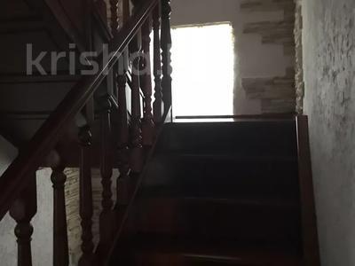 8-комнатный дом, 276.3 м², 12 сот., Мичуринское 227 за 70 млн 〒 в Уральске — фото 6