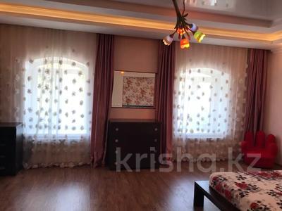 8-комнатный дом, 276.3 м², 12 сот., Мичуринское 227 за 70 млн 〒 в Уральске — фото 9