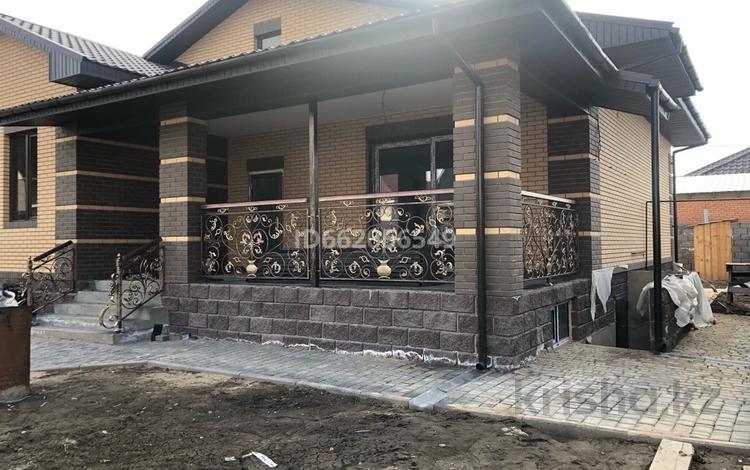 4-комнатный дом, 175 м², 6 сот., Квартал 19 32 — Бейбарс за 29 млн 〒 в Каскелене