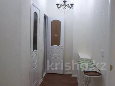 2-комнатная квартира, 70 м², 6/9 этаж помесячно, Капал 2 — Абая за 220 000 〒 в Таразе — фото 9