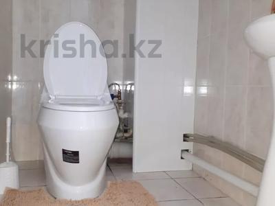 2-комнатная квартира, 70 м², 6/9 этаж помесячно, Капал 2 — Абая за 220 000 〒 в Таразе — фото 11